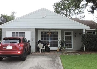 Pre Foreclosure in Tampa 33637 DUMAINE CT - Property ID: 1068952343