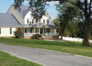 Pre Foreclosure in Sevierville 37876 INDIAN WARPATH RD - Property ID: 1069068409
