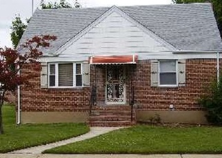 Pre Foreclosure in Hempstead 11550 CHASE ST - Property ID: 1069229586