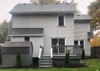 Pre Foreclosure in Rochester 14622 WALNUT PARK - Property ID: 1069326821