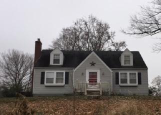 Pre Foreclosure in Irvington 40146 E MAPLE ST - Property ID: 1069440242