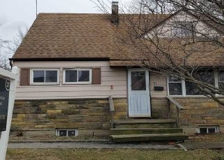 Pre Foreclosure in Hicksville 11801 PRINCE ST - Property ID: 1069546680