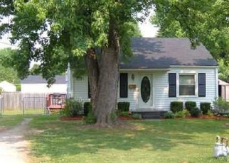 Pre Foreclosure in Louisville 40216 PENTOSE AVE - Property ID: 1069891362