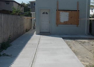 Pre Foreclosure in Brooklyn 11208 LINCOLN AVE - Property ID: 1070003933