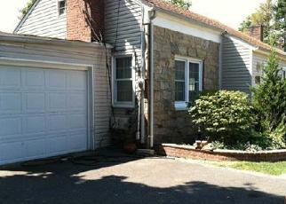 Pre Foreclosure in Massapequa 11758 COUNTY LINE RD - Property ID: 1070056926