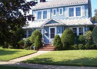 Pre Foreclosure in Hempstead 11550 MEADE ST - Property ID: 1070102911
