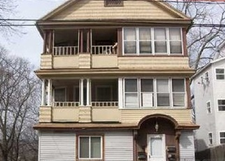 Pre Foreclosure in Waterbury 06710 LINCOLN ST - Property ID: 1070376641