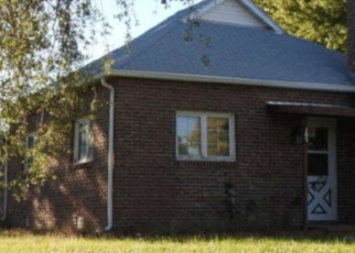 Pre Foreclosure in Maywood 69038 S PEAR ST - Property ID: 1070455918