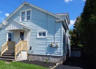 Pre Foreclosure in Syracuse 13211 LEMOYNE AVE - Property ID: 1070707750