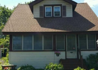 Pre Foreclosure in Syracuse 13211 BROOKFIELD RD - Property ID: 1070803220