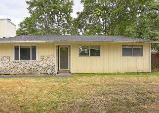 Pre Foreclosure in Portland 97230 NE GLISAN ST - Property ID: 1071019135