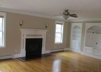 Pre Foreclosure in Scarborough 04074 FENGLER RD - Property ID: 1071676998