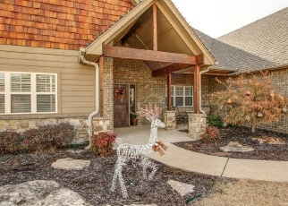 Pre Foreclosure in Claremore 74019 E HICKORY MEADOW DR - Property ID: 1071707195