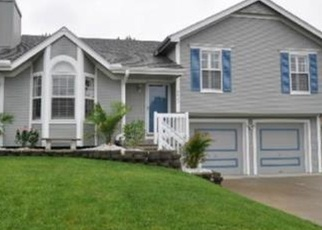 Pre Foreclosure in Kansas City 64157 NE 107TH TER - Property ID: 1073945696