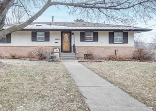 Pre Foreclosure in Minneapolis 55421 ARTHUR ST NE - Property ID: 1074021905
