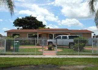 Pre Foreclosure in Miami 33177 SW 203RD TER - Property ID: 1074138844