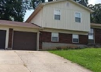 Pre Foreclosure in Radcliff 40160 E LINCOLN TRAIL BLVD - Property ID: 1074557991