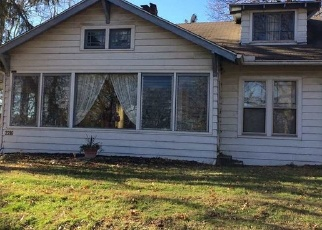 Pre Foreclosure in Terre Haute 47804 N 7TH ST - Property ID: 1074576369