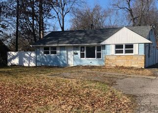 Pre Foreclosure in Louisville 40272 CAVALCADE AVE - Property ID: 1074594324