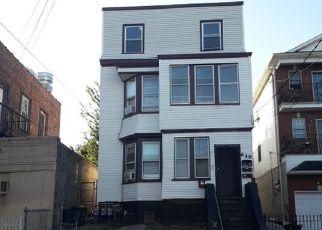 Pre Foreclosure in Newark 07108 HUNTERDON ST - Property ID: 1075107635