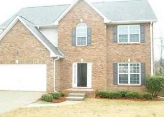 Pre Foreclosure in Fairburn 30213 DELAWARE BND - Property ID: 1075197419