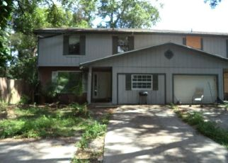 Pre Foreclosure in Tampa 33604 N ALBANY AVE - Property ID: 1076093517