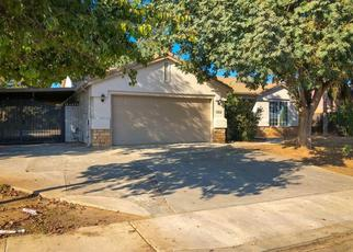 Pre Foreclosure in Reedley 93654 E CYPRESS AVE - Property ID: 1076584482