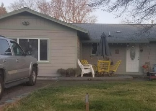 Pre Foreclosure in Eagle Point 97524 S BUCHANAN AVE - Property ID: 1077135452