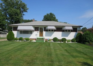 Pre Foreclosure in North Olmsted 44070 MAPLEHURST RD - Property ID: 1077857228