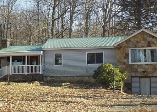 Pre Foreclosure in Mill Run 15464 MAPLE SUMMIT RD - Property ID: 1079137430