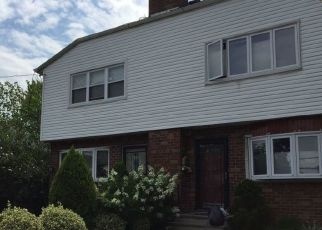 Pre Foreclosure in Bronx 10465 AMPERE AVE - Property ID: 1079184291