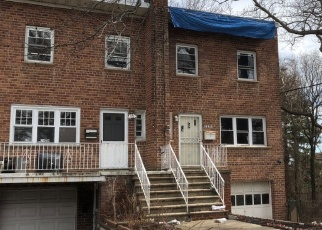 Pre Foreclosure in Bronx 10469 PEARSALL AVE - Property ID: 1079587226