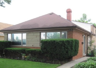 Pre Foreclosure in Lyons 60534 42ND ST - Property ID: 1082488367