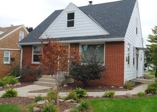 Pre Foreclosure in Milwaukee 53219 S 71ST ST - Property ID: 1082505900