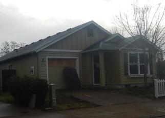 Pre Foreclosure in Veneta 97487 RENDEZVOUS LOOP - Property ID: 1082868980