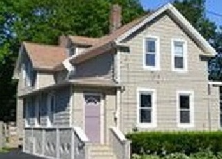 Pre Foreclosure in New Bedford 02740 RICHMOND ST - Property ID: 1082975397