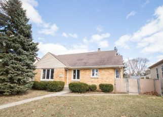Pre Foreclosure in Milwaukee 53222 N 89TH ST - Property ID: 1084339691