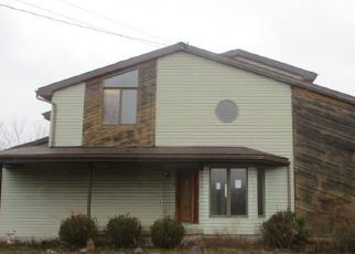 Pre Foreclosure in East Amherst 14051 NEWHOUSE RD - Property ID: 1084649325