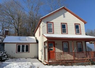 Pre Foreclosure in Adams 01220 ENTERPRISE ST - Property ID: 1084930961