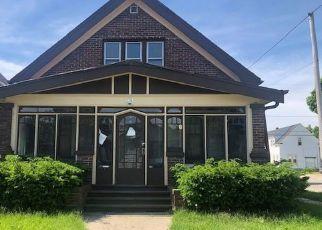 Pre Foreclosure in Cudahy 53110 E EDGERTON AVE - Property ID: 1084970366