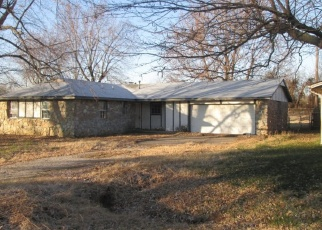 Pre Foreclosure in Collinsville 74021 N 15TH ST - Property ID: 1085016351