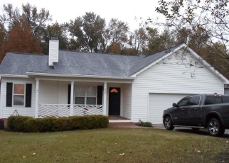 Pre Foreclosure in Lexington 29072 WHISPERING WINDS DR - Property ID: 1085035180