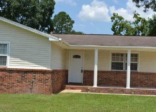 Pre Foreclosure in Pensacola 32506 IMPERIAL DR - Property ID: 1085326892