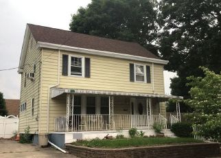 Pre Foreclosure in Trenton 08629 LYNWOOD AVE - Property ID: 1086029838