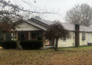 Pre Foreclosure in Hazel Green 35750 WILL HOLT RD - Property ID: 1086199317