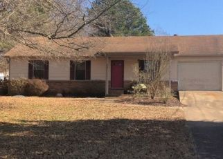 Pre Foreclosure in Atoka 38004 MCGOWAN DR - Property ID: 1088074285