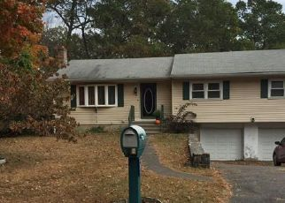 Pre Foreclosure in Trumbull 06611 LANSING AVE - Property ID: 1088203489