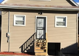 Pre Foreclosure in Chicago 60619 S WOODLAWN AVE - Property ID: 1088617826