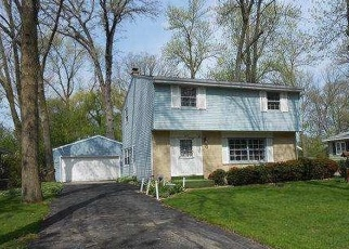 Pre Foreclosure in Milwaukee 53223 N 45TH ST - Property ID: 1088916965