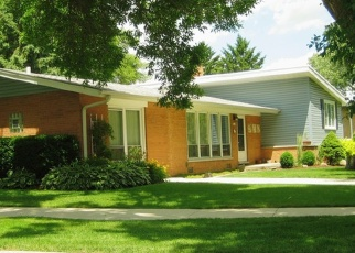 Pre Foreclosure in Lombard 60148 LOMBARD CIR - Property ID: 1089394786